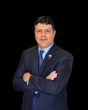 Send a message to Hector Alaniz